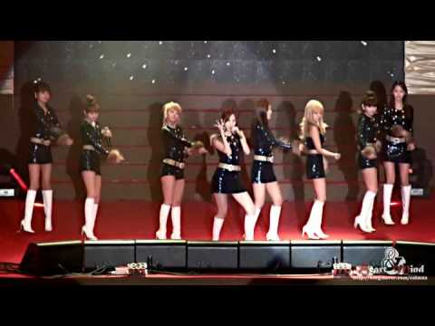 Fancam 101217 SNSD - Hoot + RDR + Oh! + GeeFree Christmas Concert...