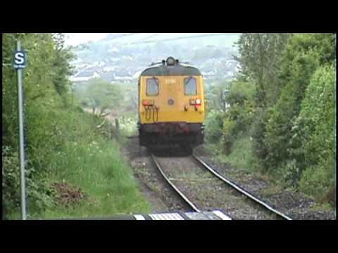 Northern Ireland Railways - DEMU 8093 + 8094 - Glenariff Castle - Full Pelt through Ballycarry