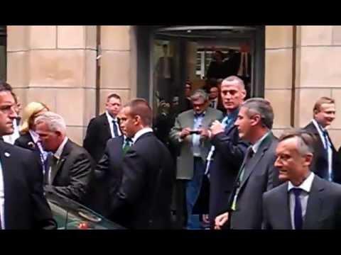 Donald Tusk Wygwizdany W Berlinie   TELEWIZJA INTERNETOWA, NIEZALEŻNA, Publicystyka, Wiadomości, Fak