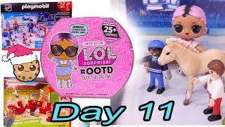 Day 11 ! LOL Surprise - Playmobil - Schleich Animals Christmas Advent Calendar - Cookie Swirl C