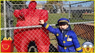 Sumo vs Police || McDonalds Drive Thru Prank! Power Wheels Ride On Car Kids Pretend Play
