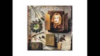 Watch Gretchen Peters When You Are Old video