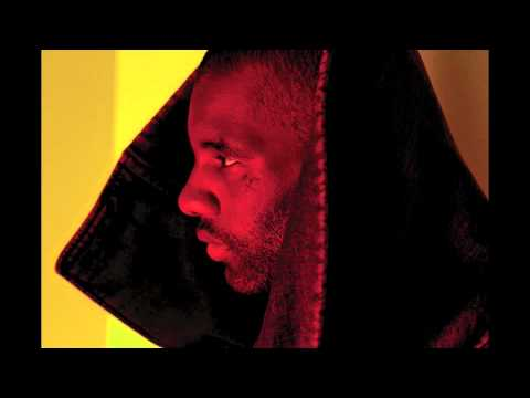 Wretch 32 ft. L Marshall - 'Traktor'