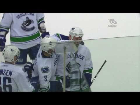 Canucks at Predators - Aaron Rome 3-1 Goal - 03.29.11 - HD