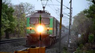 Samta Express meets GMO WAG-9 hauled BE-LTT Express!!:-O