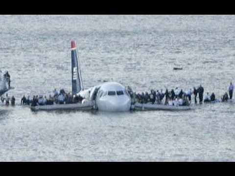 What happens when a plane crashes into the ocean
