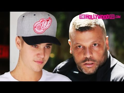 EXCLUSIVE: Justin Bieber Fires Bodyguard At Nike Town 6.26.15 - TheHollywoodFix.com