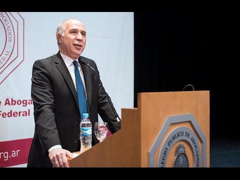 Ricardo Lorenzetti disert� sobre el nuevo C�digo Civil y Comercial