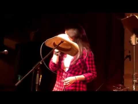 Kenzee Sheldrick sings Mamas Broken Heart  Top 2 Finals week ALPINE COUNTRY STAR 2014