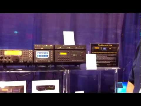 Elecraft K line at Dayton 2012 with KAT500 Autotuner