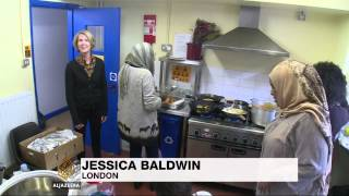 Refugees start anew with cooking skills