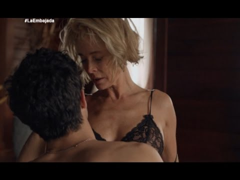Seriemente: 'La Embajada', de Antena 3, con Belén Rueda