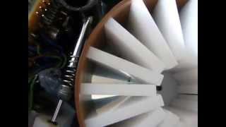 Otomatik akvaryum yemleme makinası