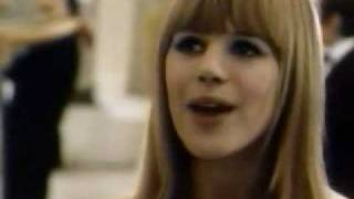 Watch Marianne Faithfull Hier Ou Demain video