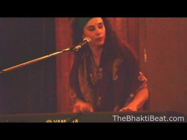 Ragga Shakti Gayatri Mantra @ Montreal Chant Fest, 2013