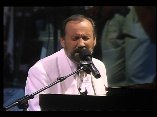 Ray Stevens - Turn Your Radio On Live
