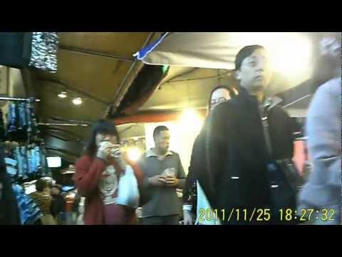 Shiu Shia Film 043 : Listening 2 Mariah Carey Song @ The Nightmarket