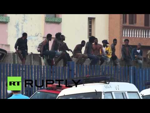 Spain: Migrants rebuffed as they attempt to make it through Melilla border