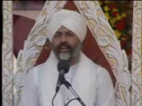 Nirankari Baba Hardev Singh Ji Maharaj Singing Bhajan At guru Vandana video