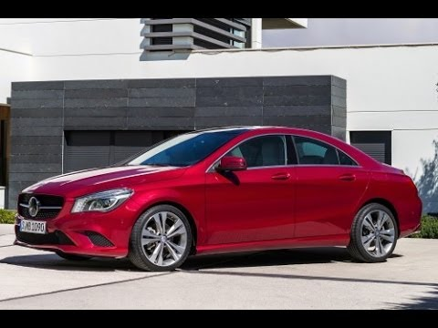 2014 Mercedes CLA250 Start Up and Review 2.0 L Inline 4 Cylinder Turbo