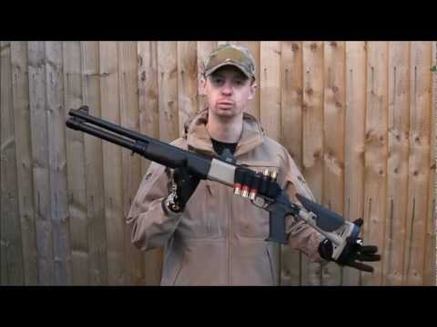 Airsoft Pump-Action Shotgun