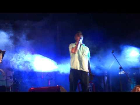Aa bhi Jaa- Lucky Ali live concert XIMB Xpressions 2011.MP4