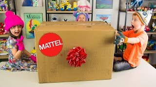 HUGE Mattel Toys Surprise Present Hot Wheels Cars Barbie Toys Wellie Wishers Dolls Kinder Playtime
