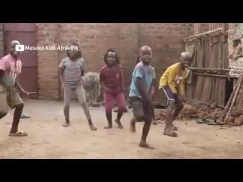 رقص اطفال افريقيا رائع لايفوتكم thumbnail