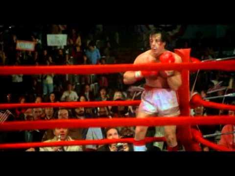 """Scena iniziale del film """"Rocky II"""", drammatico del 1979, con Sylvester Stallone (Rocky Balboa), Talia Shire, Burt Young, Carl Weathers, Burgess Meredith, Leo..."""