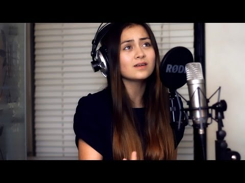 Miley Cyrus - Wrecking Ball (cover By Jasmine Thompson) video