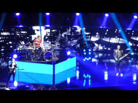 Muse Madrid · Unsustainable + Supremacy