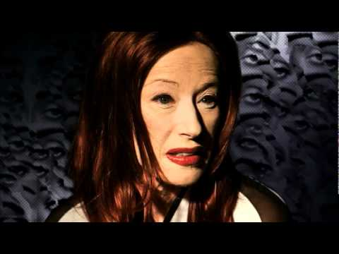 "Cindy Sherman: Fashion | ""Exclusive"" 