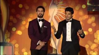 IIFA 2014: Shahid Kapoor presents Farhan Akhtar Award for the Worst Joke Ever
