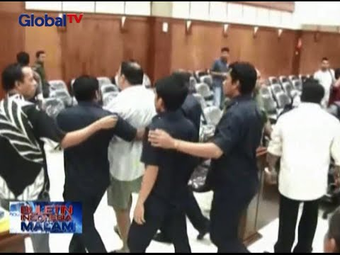 Bercelana Pendek, Wakil Ketua DPRD Maluku Ngamuk Di Rapat Pansus Bank Maluku - BIM 31/08