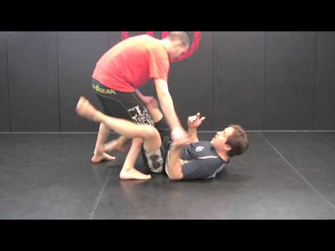 MMA In NJ- Gracie Black Belt Wil Horneff shows a high percentage No-Gi Sweep From Reverse De La Riva Image 1