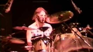 Phish Live @ Glens Falls Civic Center Glens Falls, New York, USA Monday, October 31, 1994 set 1