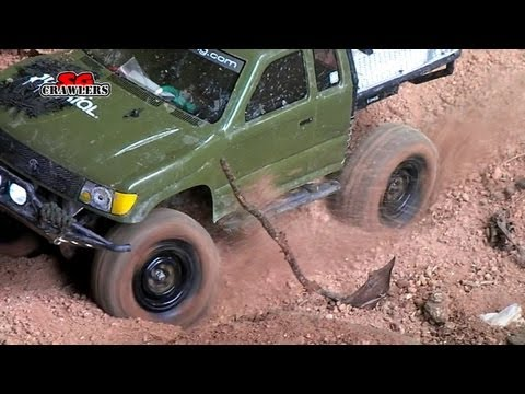 Axial SCX10 Trail Honcho truck RTR doing steep hill climb RC Toyota Tacoma 4x4 at Segar Road
