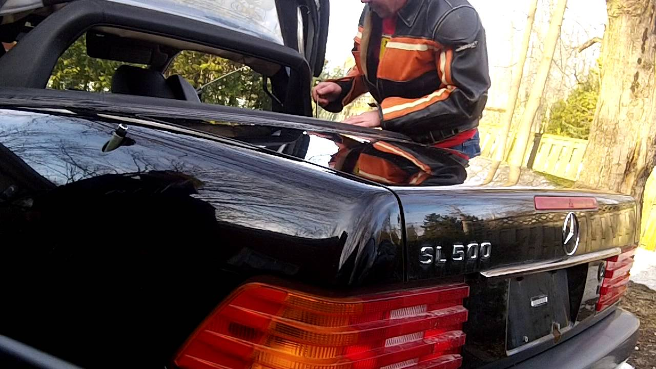 How To Manually Raise The Soft Top Mercedes Sl R129 Youtube