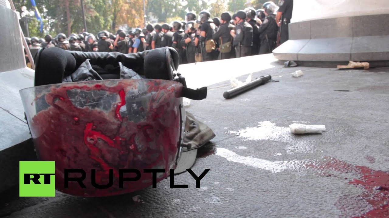 GRAPHIC: One dead, dozens injured after grenade explodes at Kiev rally