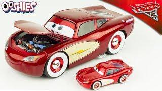Cars 3 Flash McQueen Cruising Lightning McQueen Exclusif 1:24 Surprises Ooshies Jouet Toy Review