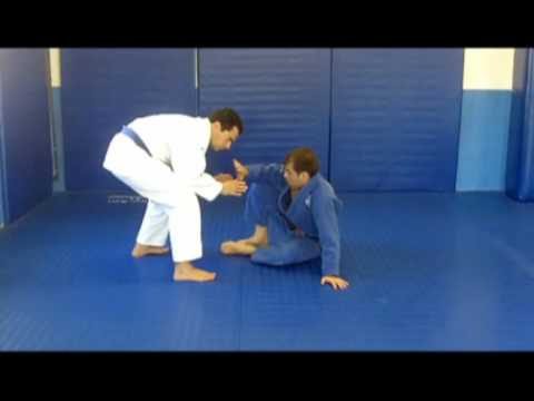 Correct Positioning for Butterfly Guard Defense - Jiu Jitsu Technique Image 1