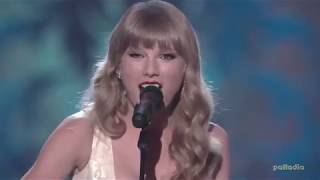 You Belong With Me - Taylor Swift live [VH1 Storytellers 2012]