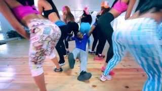 Wilo D' New - El Meneito (Video Oficial) by CreaFamaInc