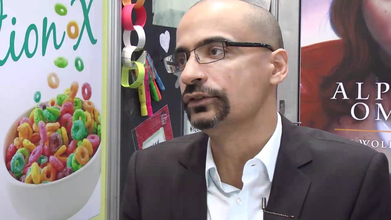 junot diaz treflection Lawrence — on his press tour for a new book, new york times bestselling and pulitzer prize-winning author junot diaz stopped at the lawrence public library on monday night.