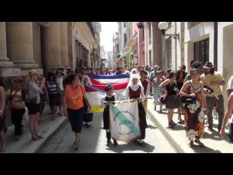 2010 0411 14:48 CeltFest Cuba: Street Parade - Calle Obispo