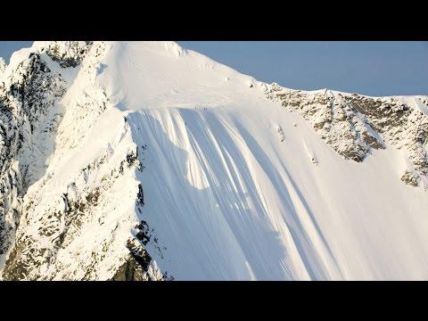 プロスキーヤーの奇跡的な500メートル近い落下
