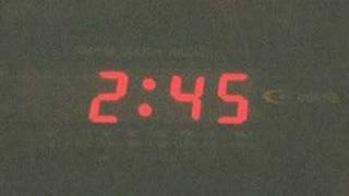 Watch Melissa Etheridge An Unusual Kiss video