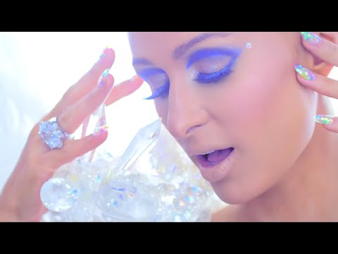 Paris Hilton - Come Alive Makeup Tutorial