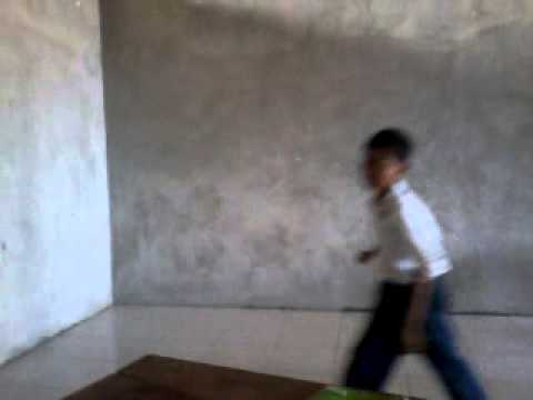 Anak Kecil Berkelahi video