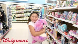 GiANT SQUiSHiES, SQUEEZE TOYS + SLiME AT WALGREENS!